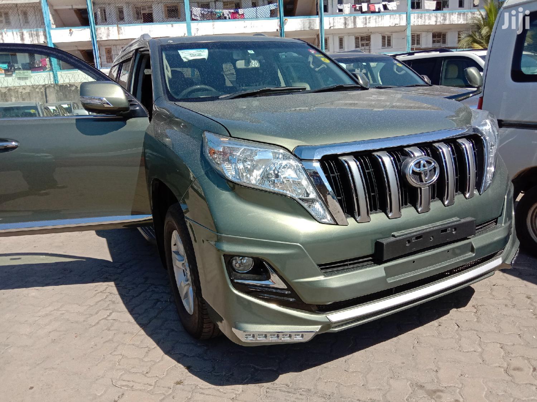 Toyota Land Cruiser Prado 2014 Green