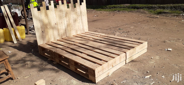 5by6 Rustic Pallet Bed/Pallet Beds/5by6 Bed/Pallet Furniture | Furniture for sale in Ziwani/Kariokor, Nairobi, Kenya
