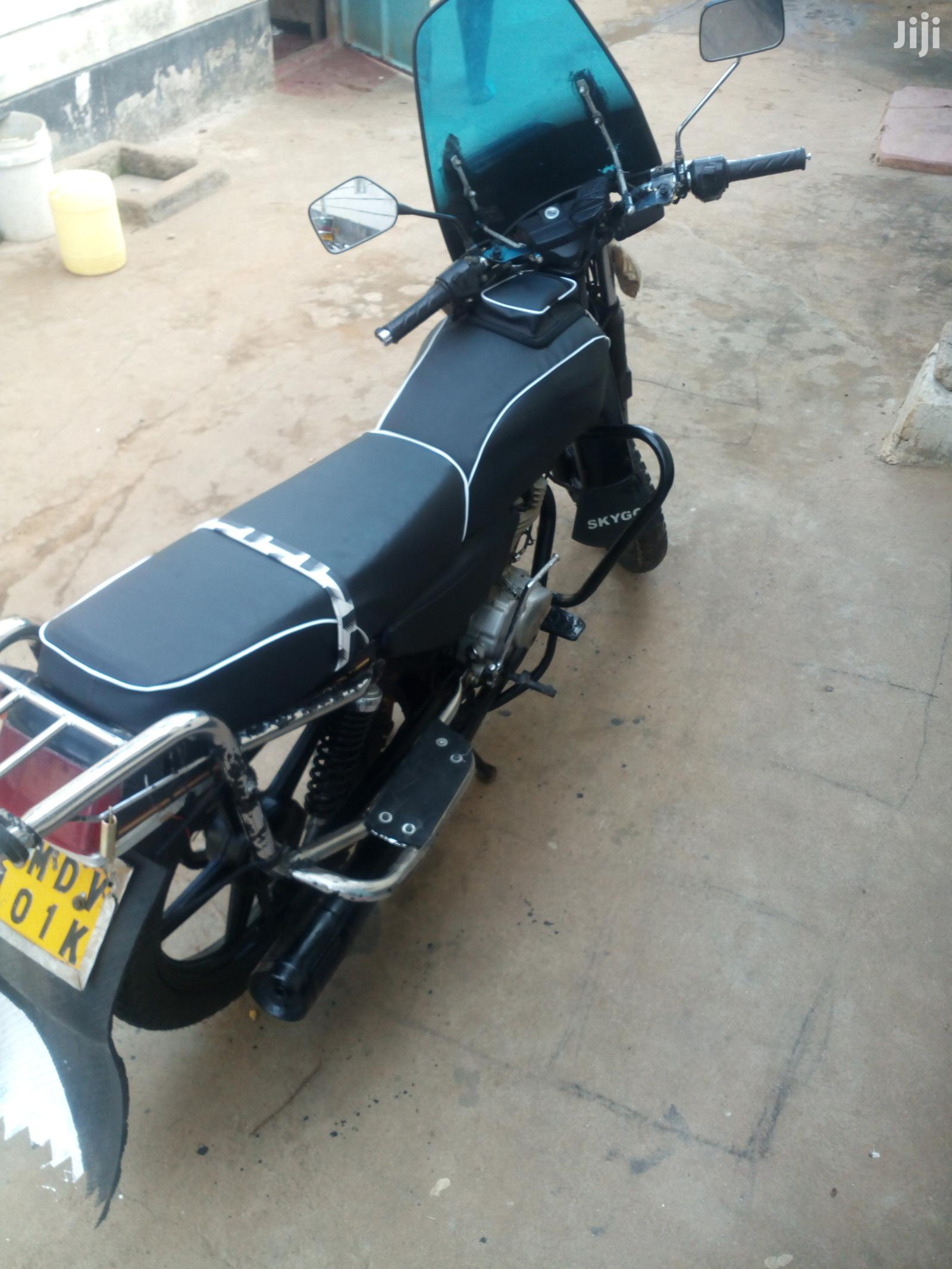 Archive: Motorcycle 2019 Black