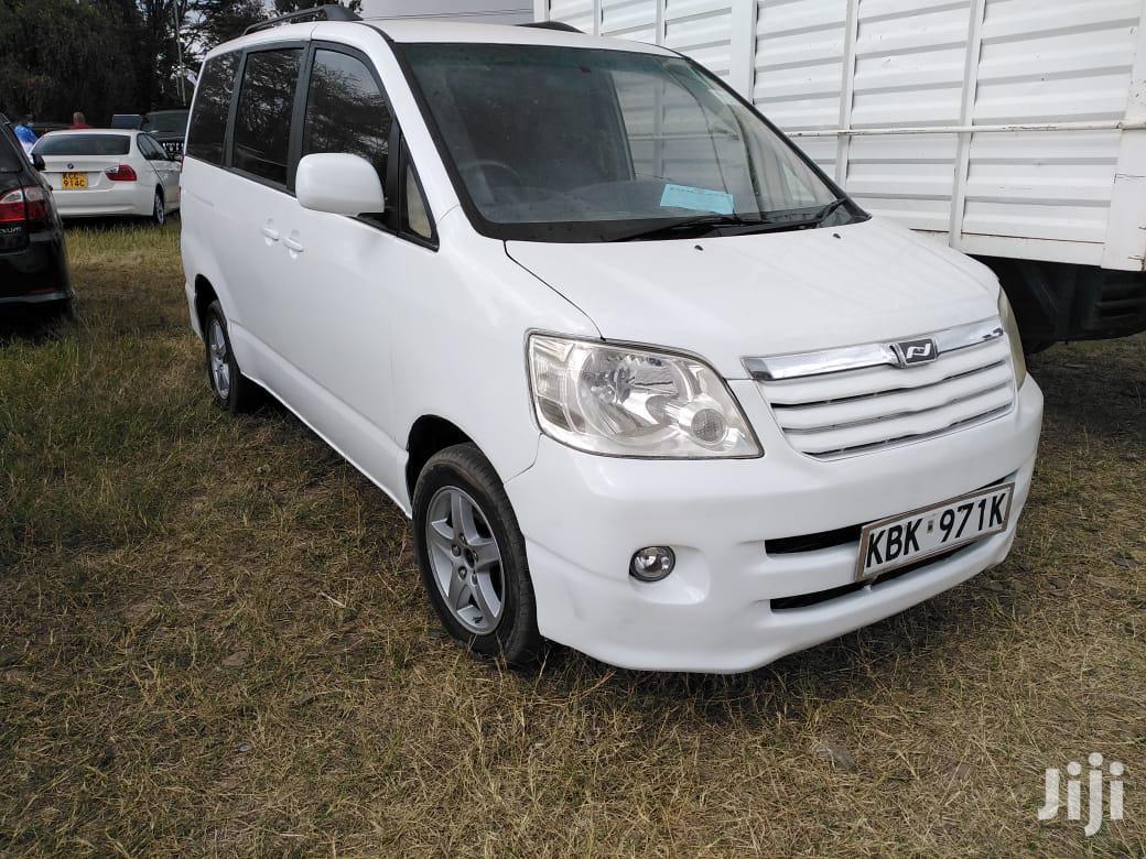 Toyota Noah 2003 White | Cars for sale in Nairobi Central, Nairobi, Kenya