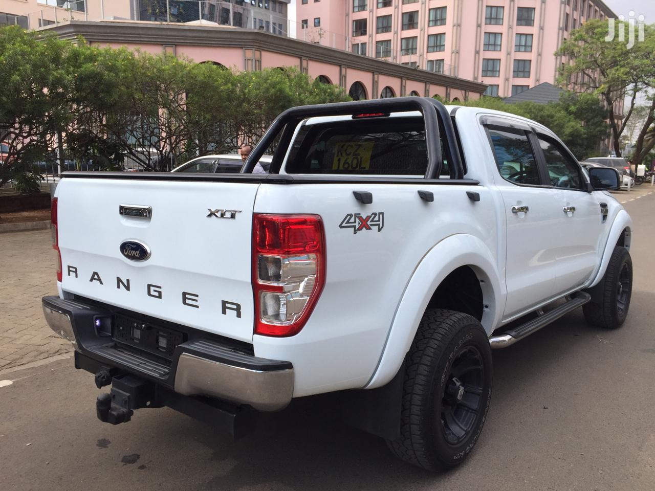 Archive: Ford Ranger 2013 White