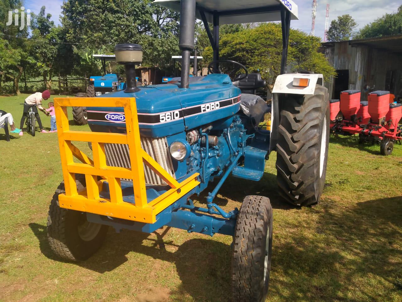 Archive: Tractor Ford 5610