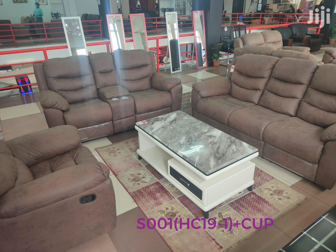 Archive: 6 Seater Recliner Sofa
