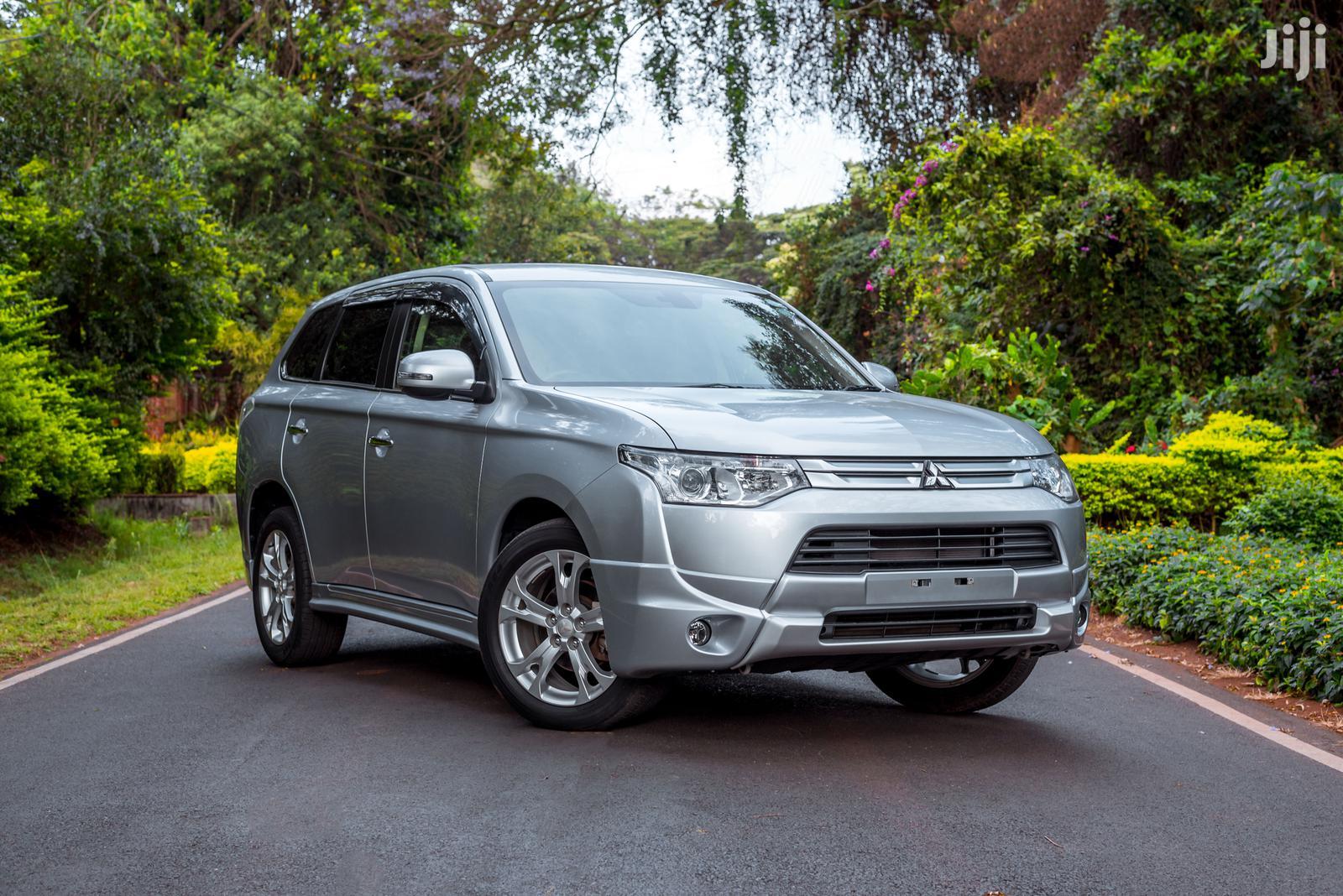 Mitsubishi Outlander 2013 Silver