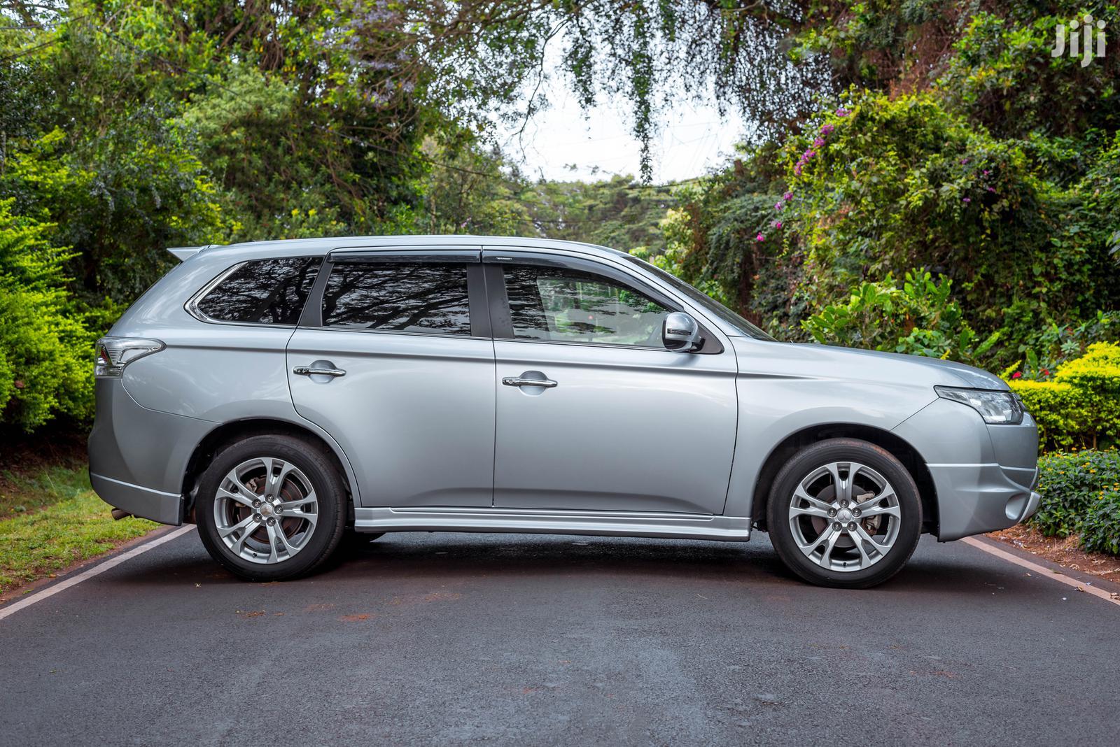 Mitsubishi Outlander 2013 Silver | Cars for sale in Kilimani, Nairobi, Kenya