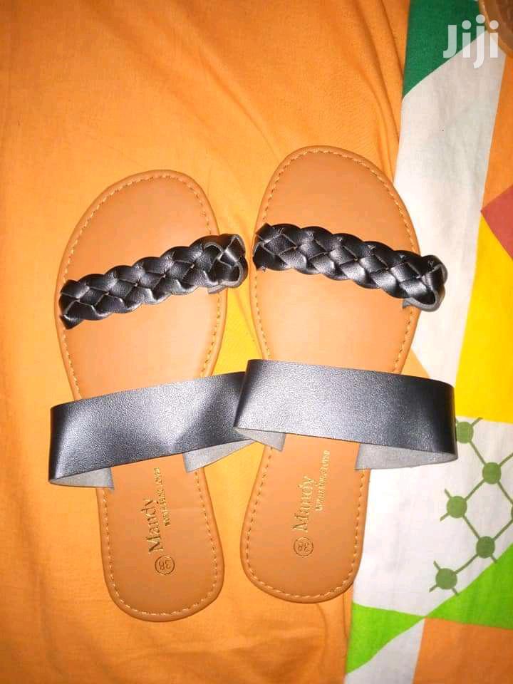 Archive: Ladies Open Flat Shoes