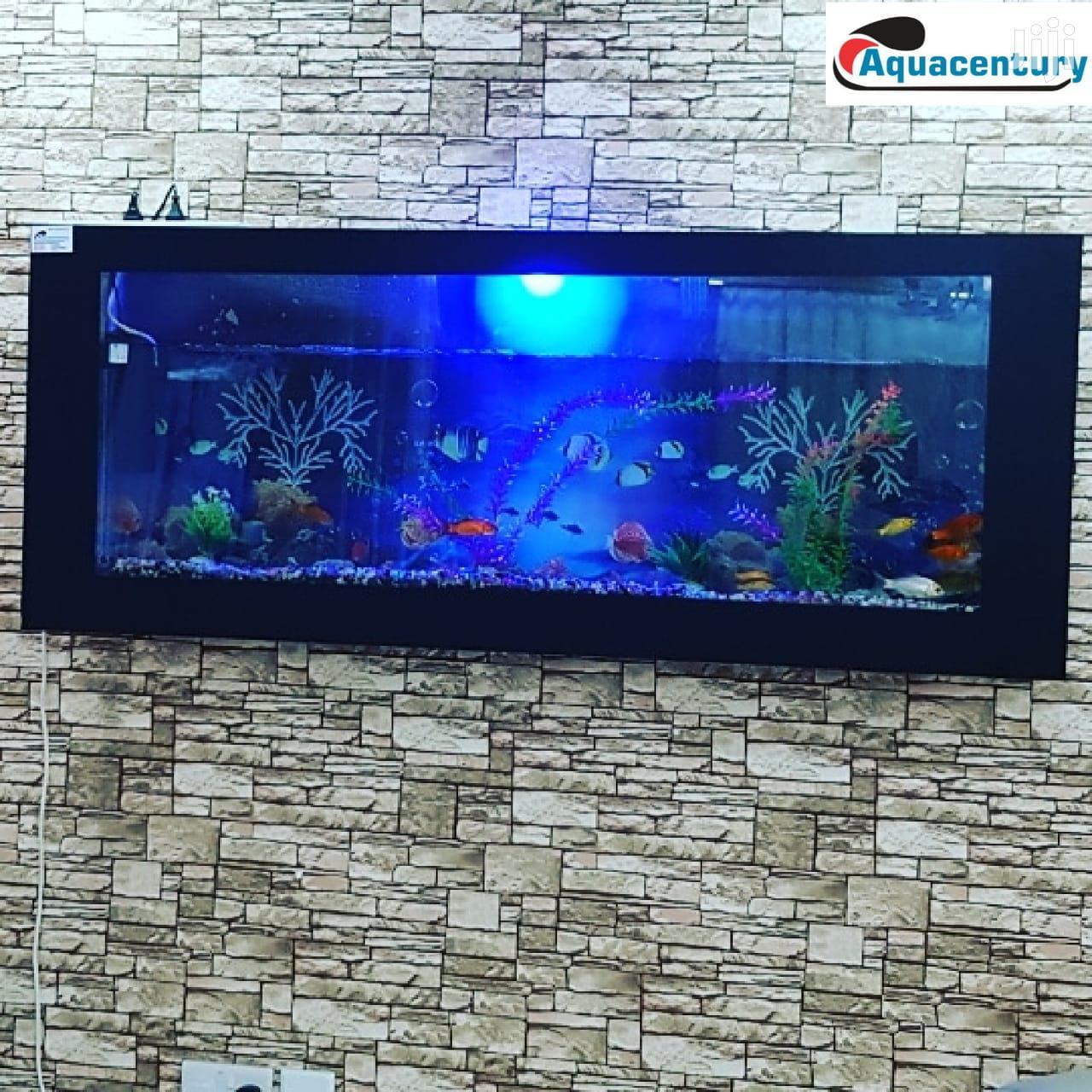 Wall -mounted Aquarium