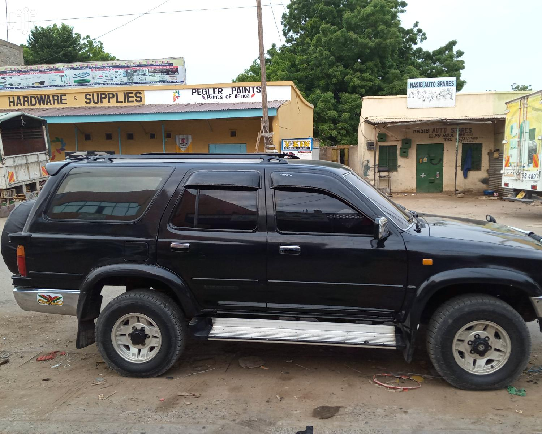 Archive: Toyota Surf 1994 Black