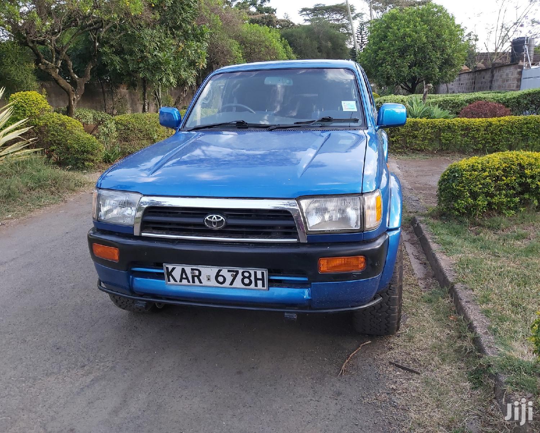 Toyota Hilux 1996 Blue