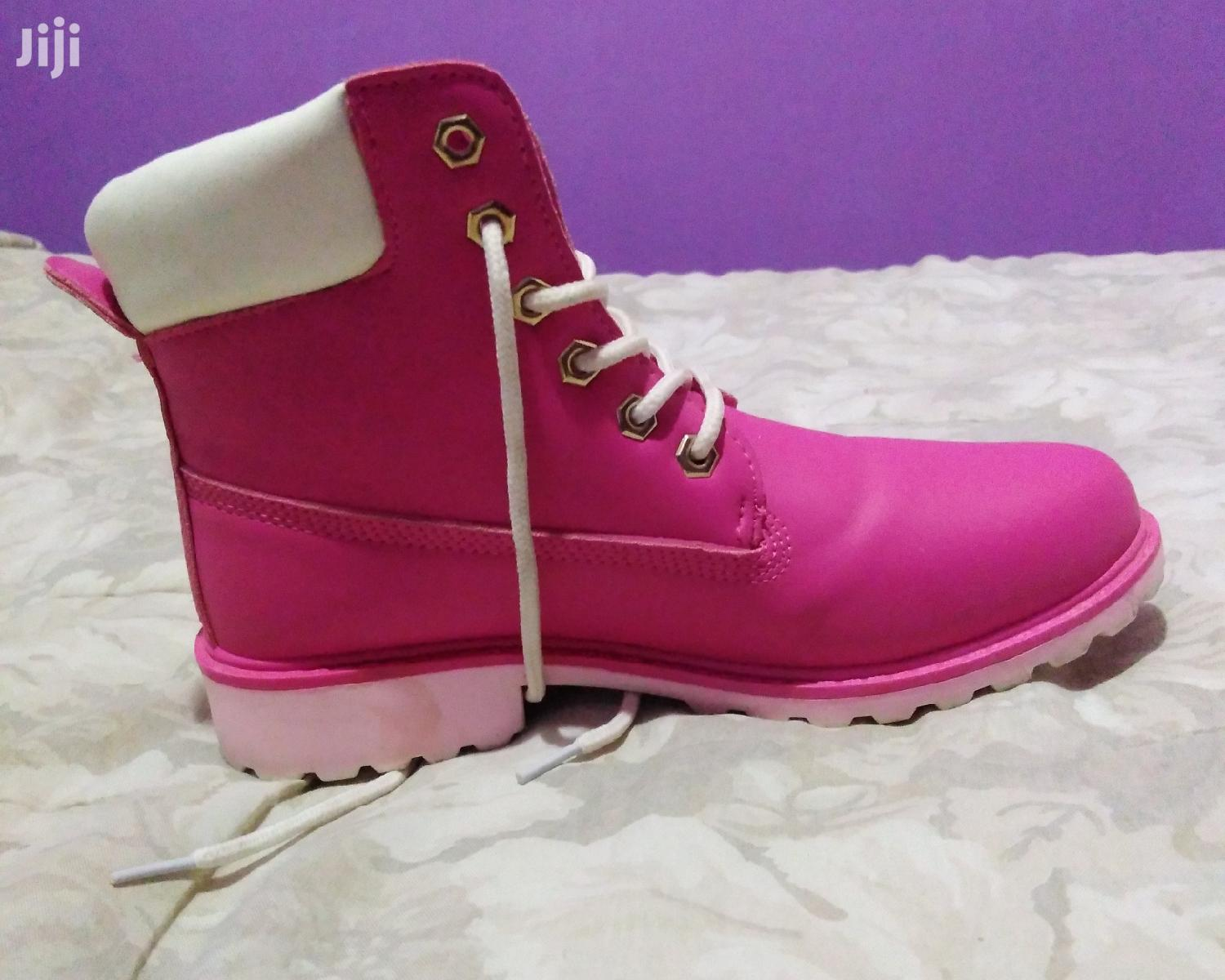 Archive: Pink Timberlands for Girls