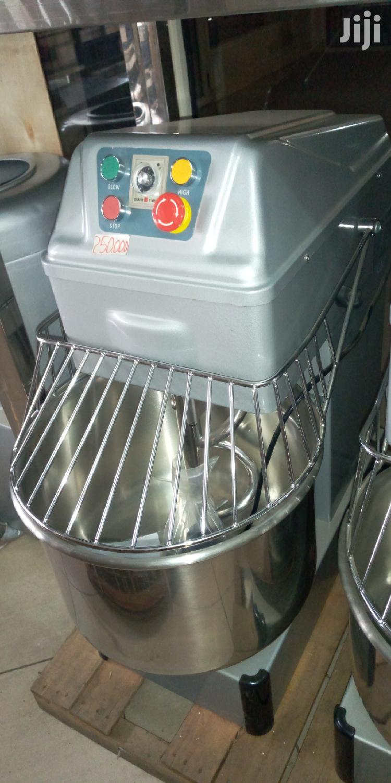 Dough Mixer.
