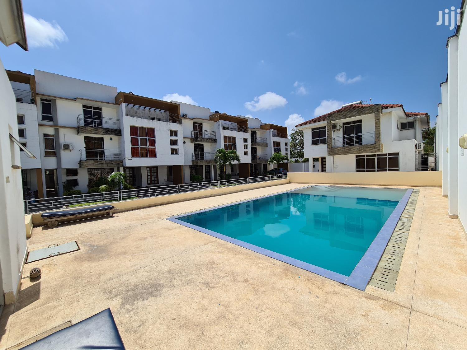 Ultra Modern 3 Bedroom Duplex For Rent In Nyali.