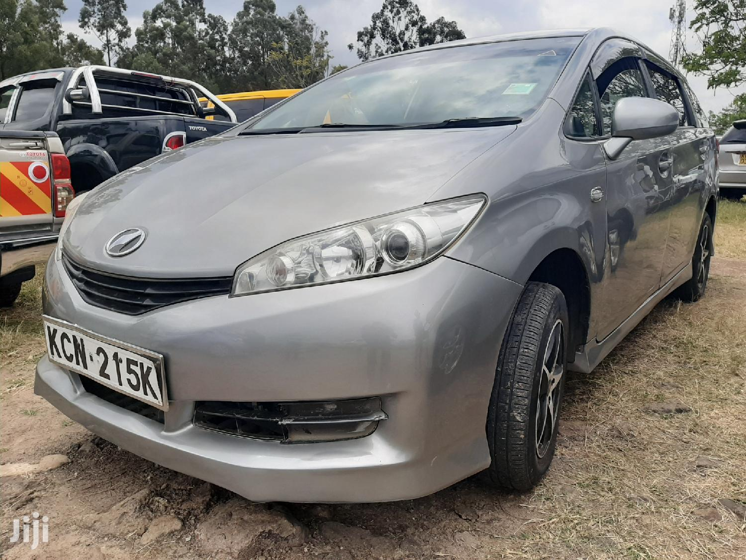 Toyota Wish 2010 Gray