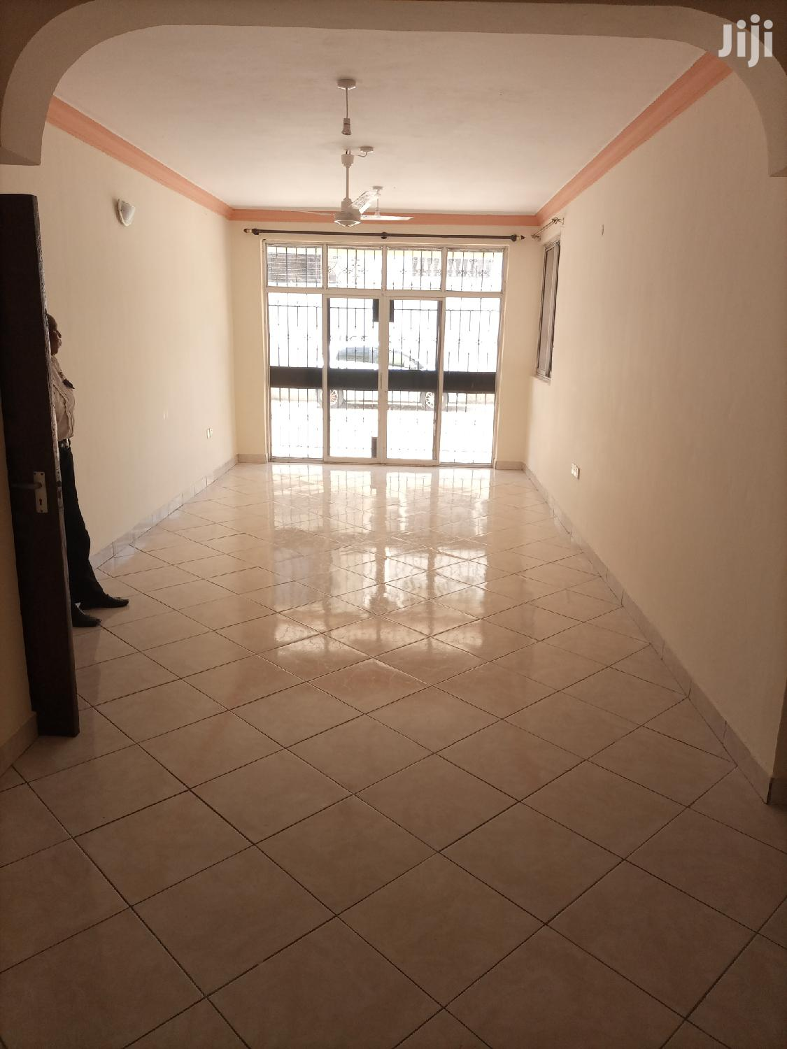 Archive: Nyali To Let Modern 3br Ensuite Apartment Close To Public Tr