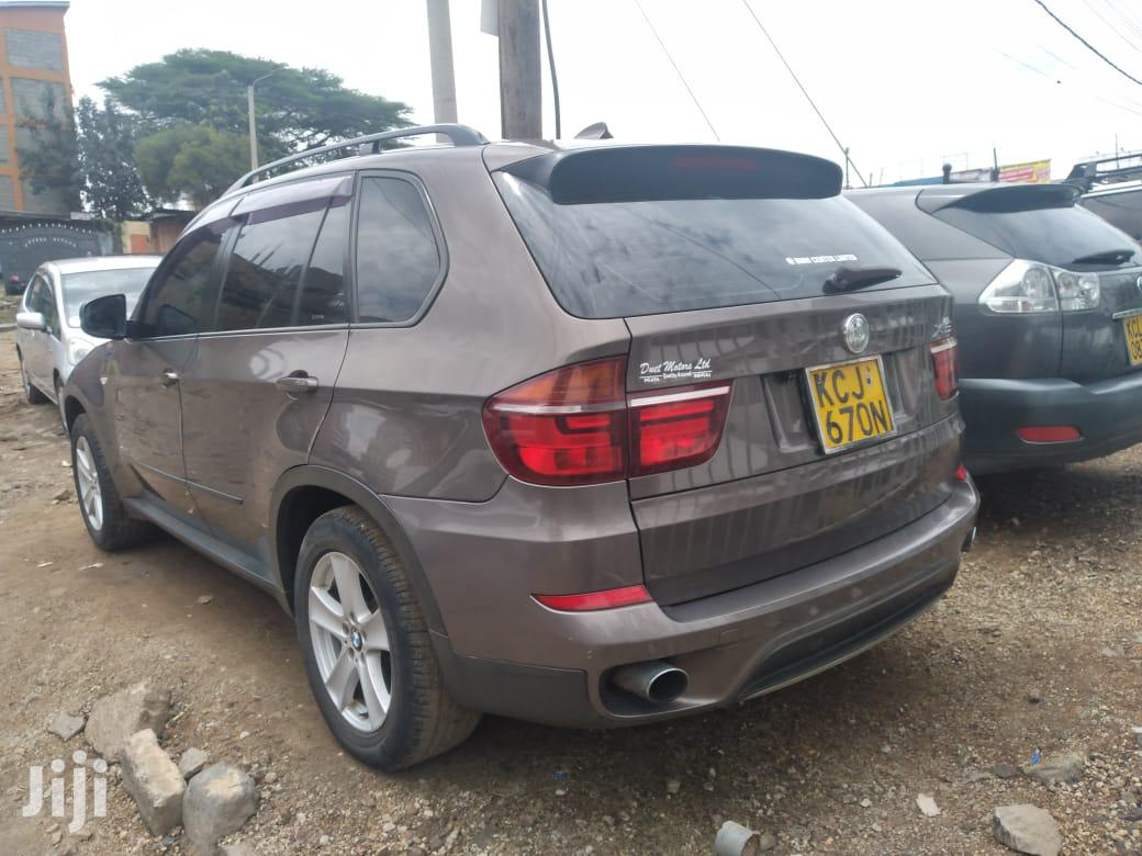 Archive: BMW X5 2010 Gray