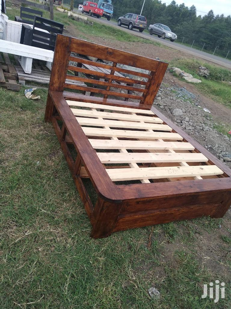 Pallet Bed//Box Bed//Flat Beds