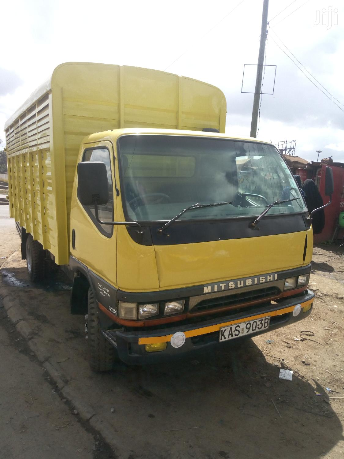Archive: Mitsubishi Truck Canter on Quick Sale