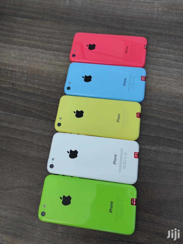 New Apple iPhone 5c 16 GB White