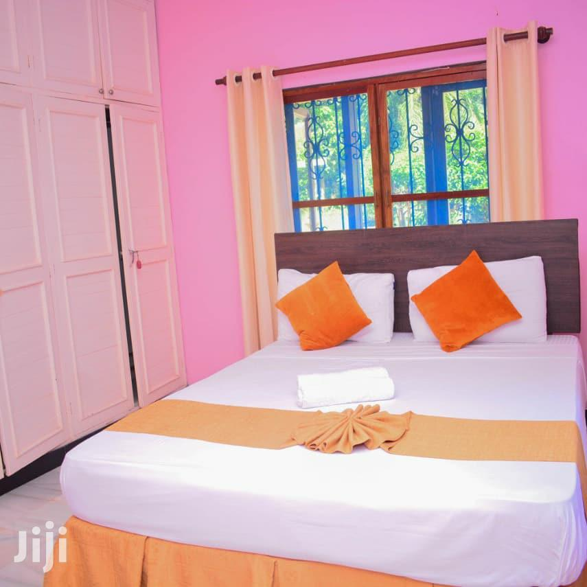 Furnished 5 Bedrooms Holiday Villa