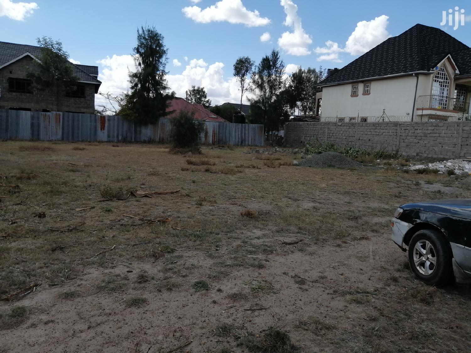 Two 50 by 100 Plots for Sale at Kitengela 6D With Title.