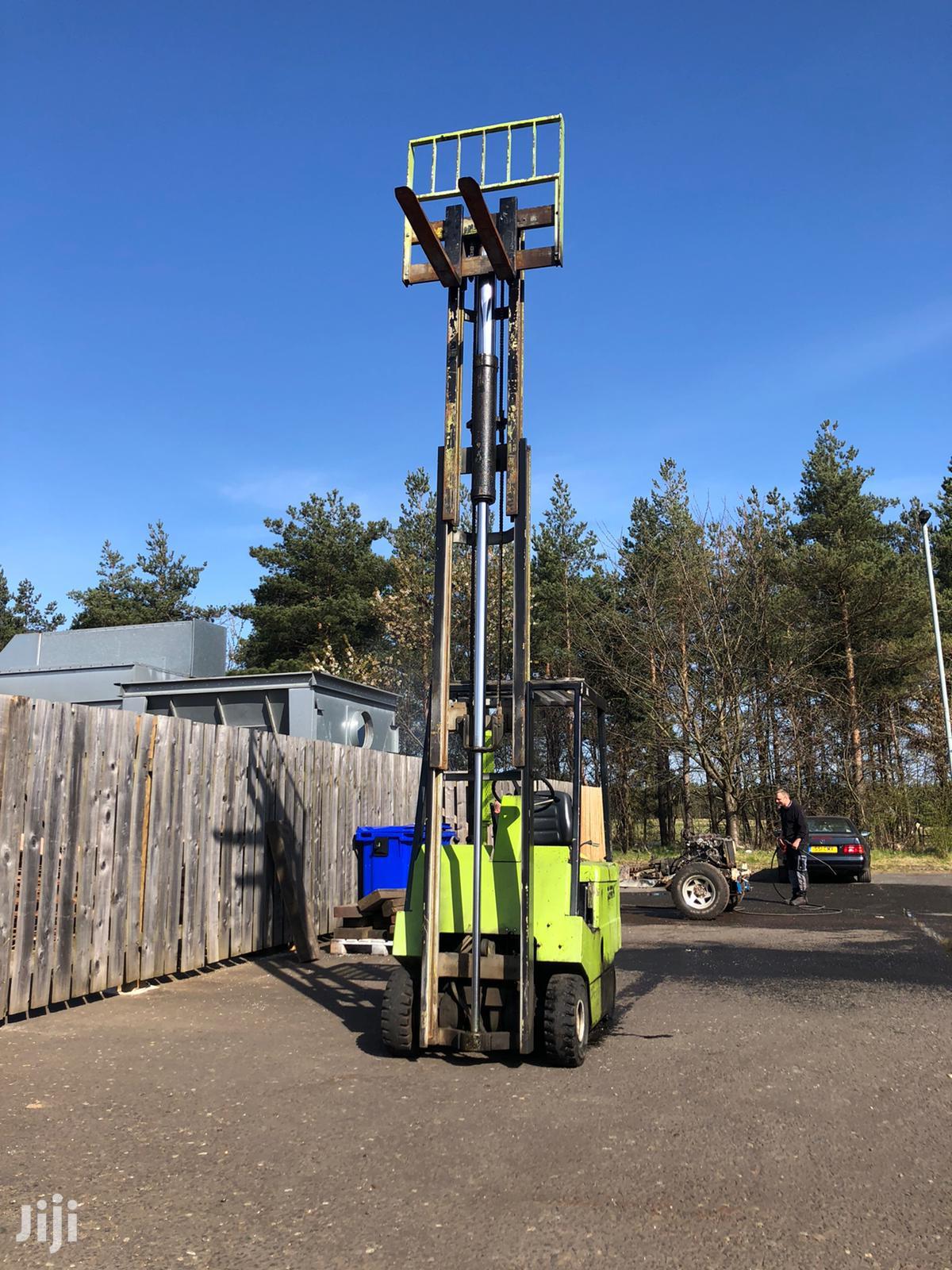 EX-UK Clarke Forklift