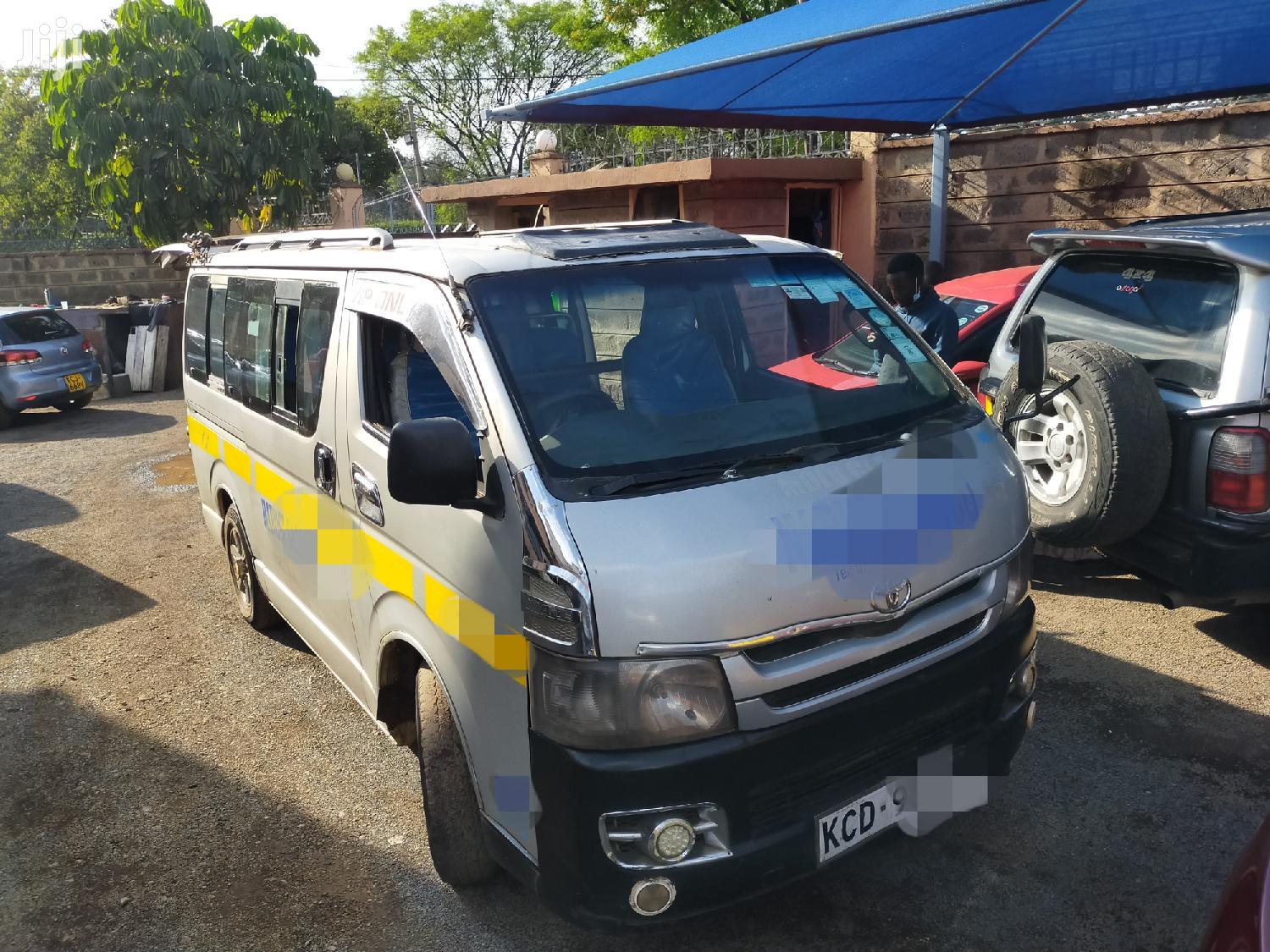 Toyota Hiace KCD Auto Diesel 14seater