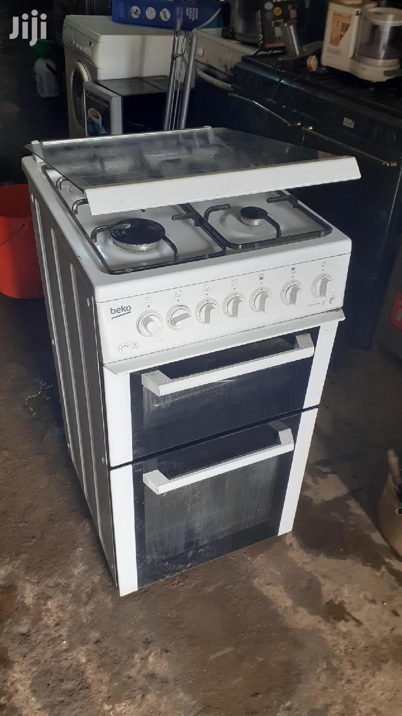 Ex Uk 4 Burner Gas Cooker