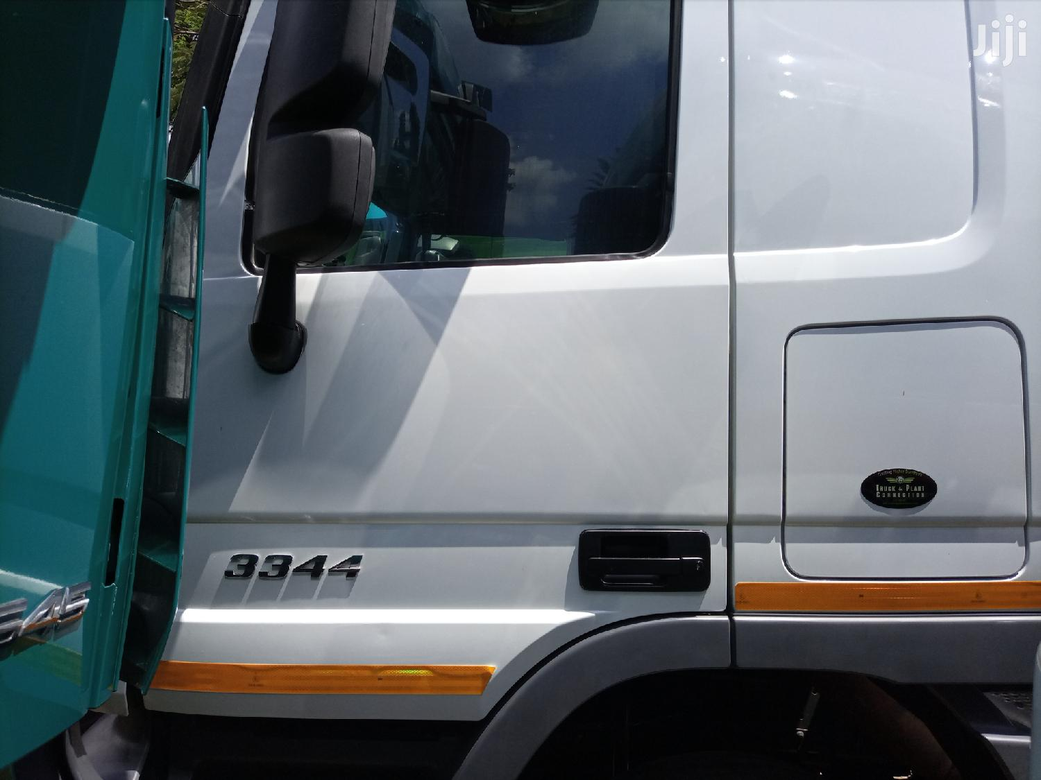 Archive: Actros 3344 2014 White For Sale