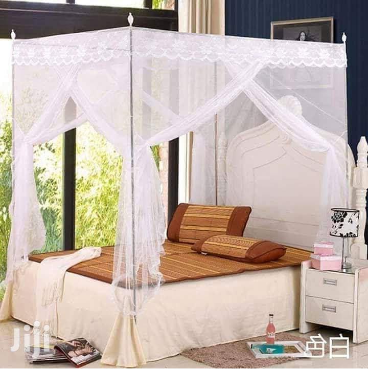 4 Stand Mosquito Net