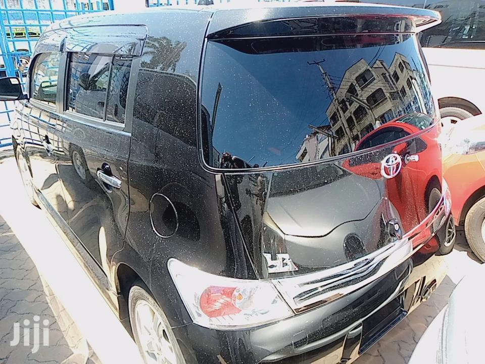 Archive: Toyota bB 2013 Black