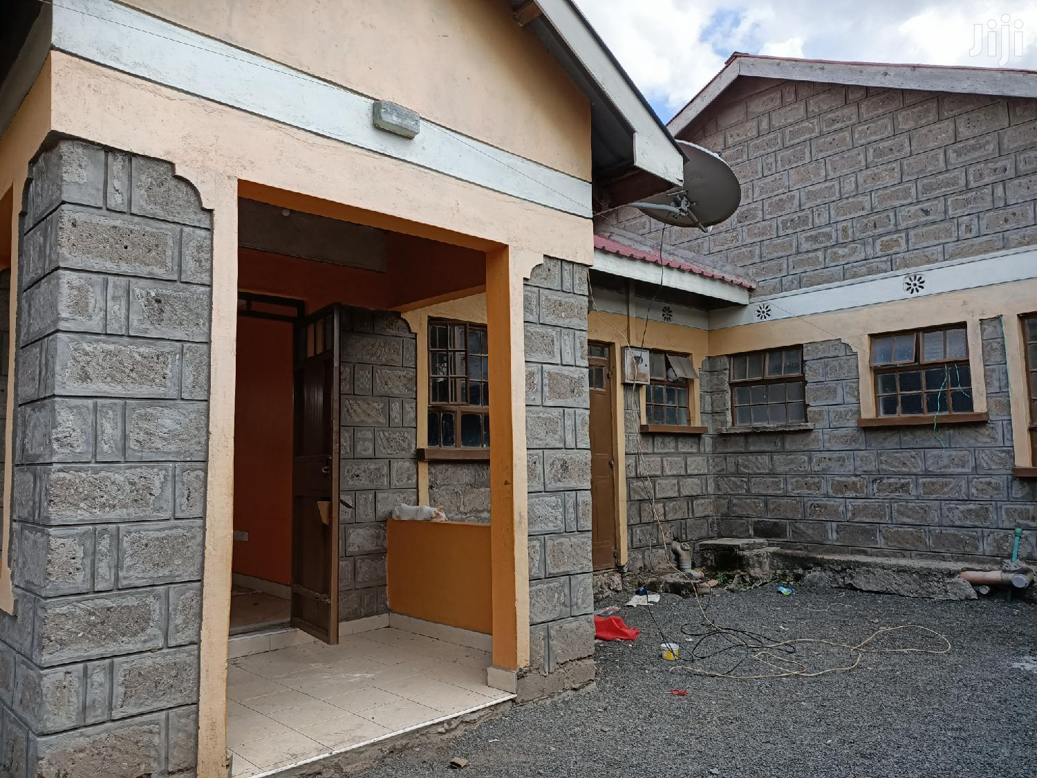 House To Let Kamulu