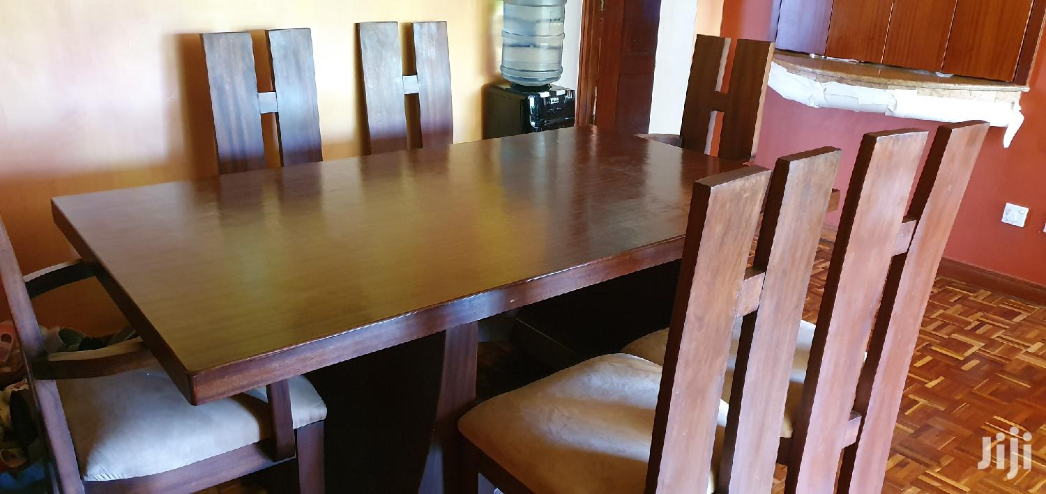 Archive: 6 Seater Dining Table