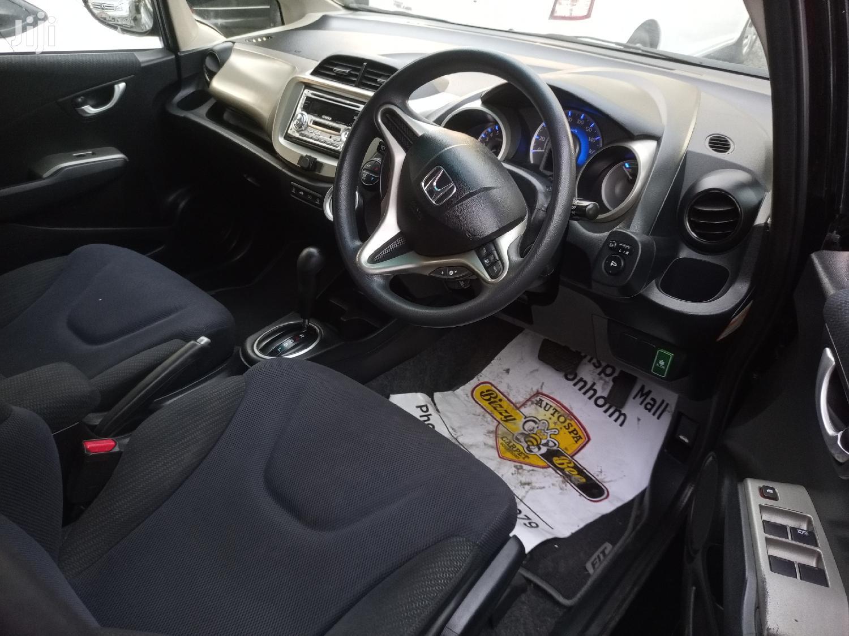 Archive: Honda Fit Automatic 2011 Black