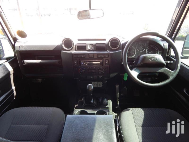 Archive: Land Rover Defender 2013 Black