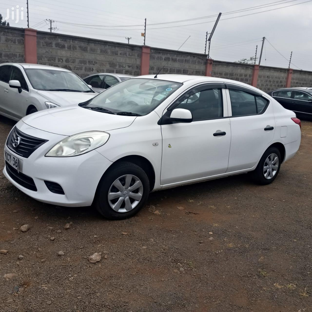 Archive: Nissan Tiida 2013 White