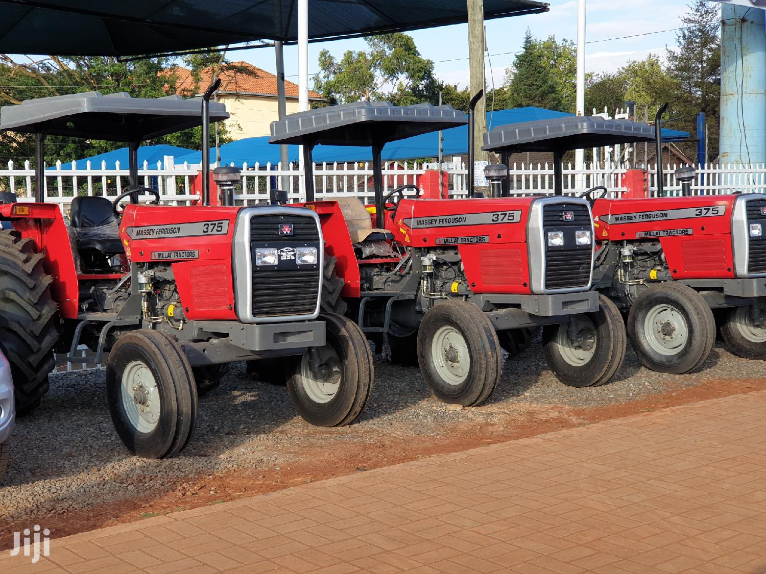 Marssey Ferguson MF 375,385 2WD/4WD And MF 240 2020 Red For Sale