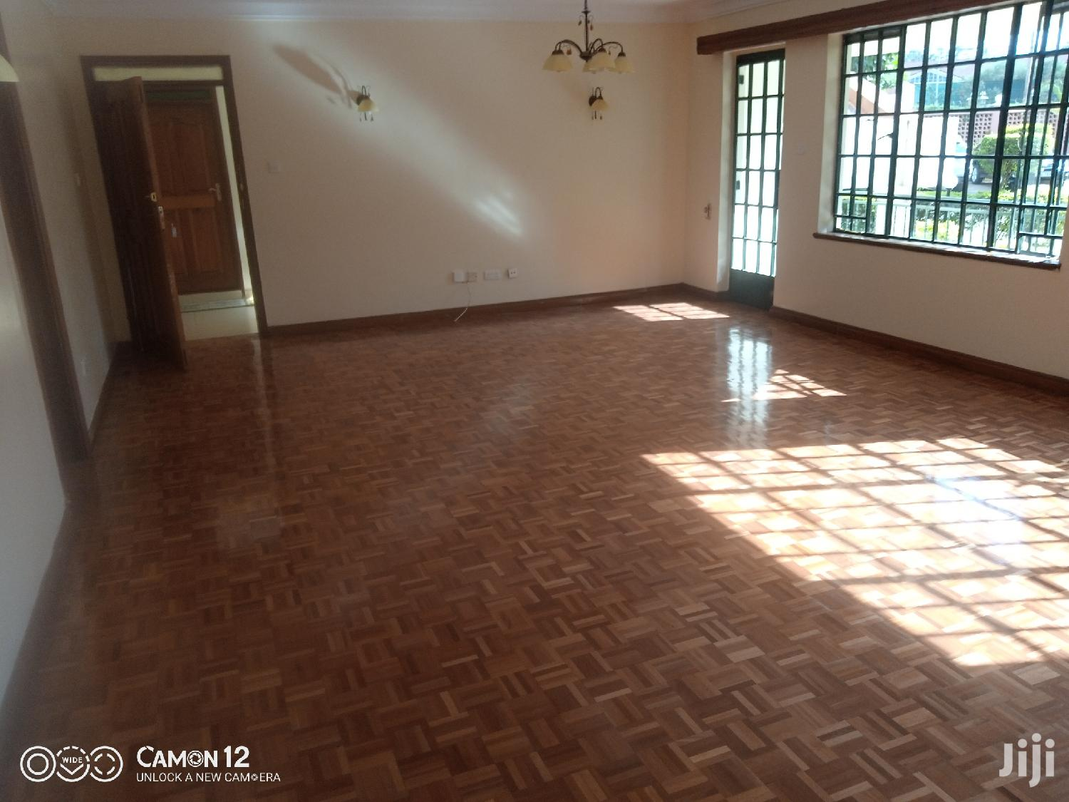 Archive: 3bedroom With DSQ