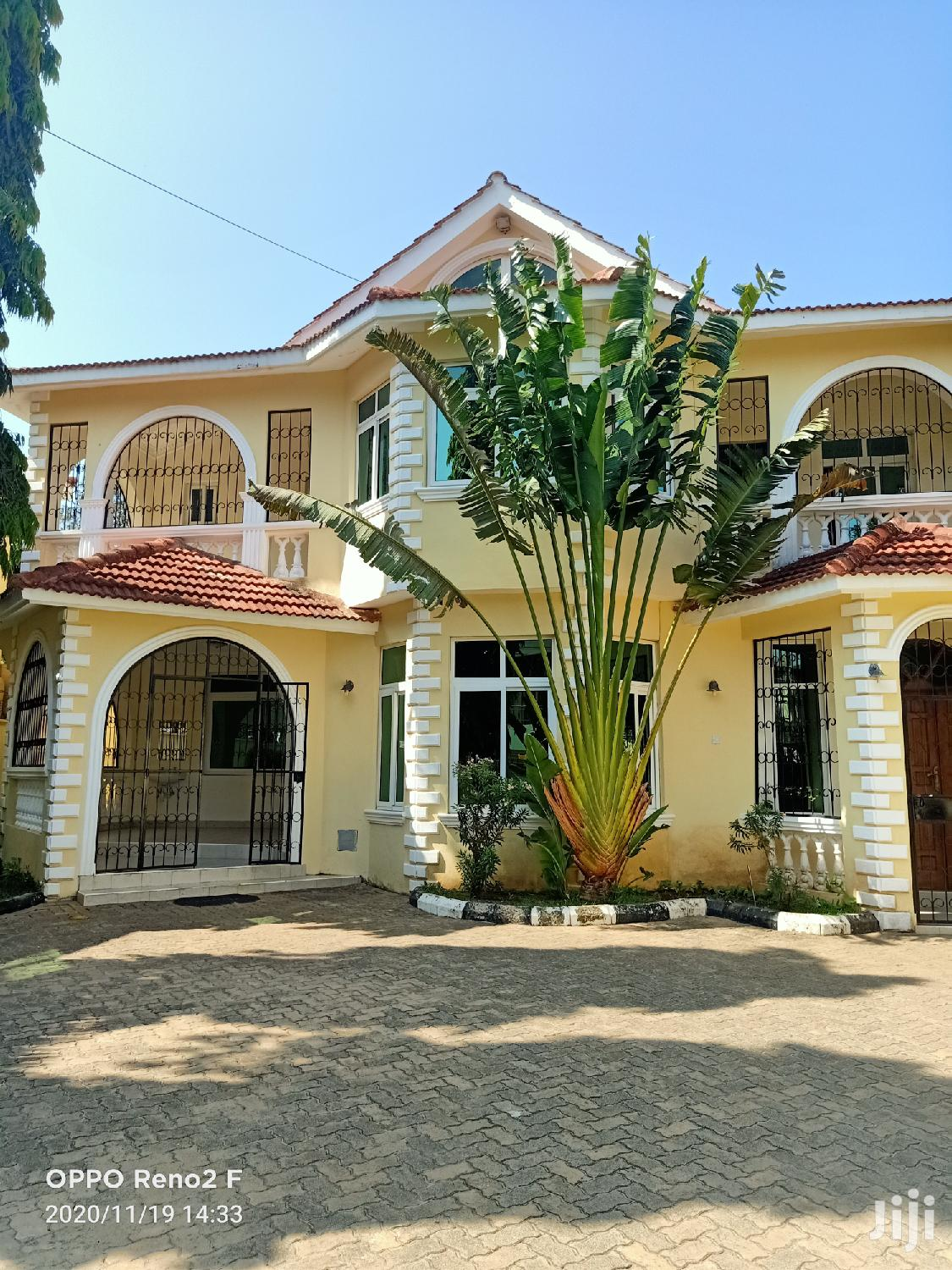 Ambiance 4 Bedroom Own Compound to Let Nyali.