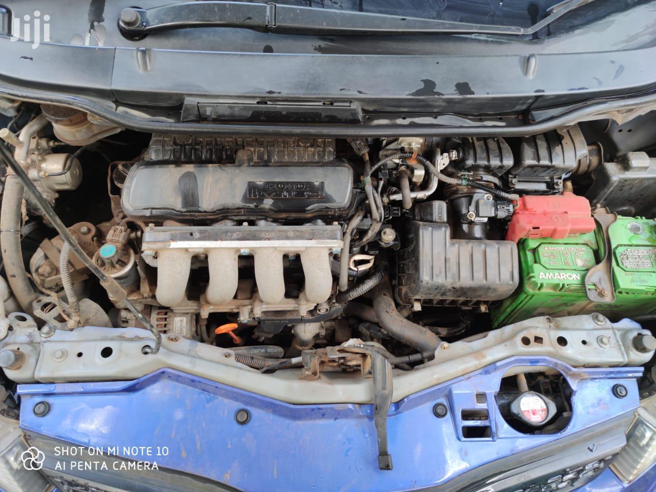 Archive: Honda Fit 2011 Blue