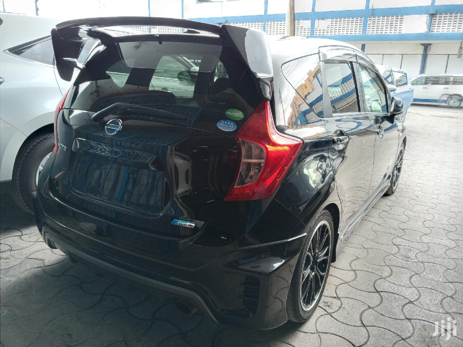 Archive: Nissan Note 2013 Black