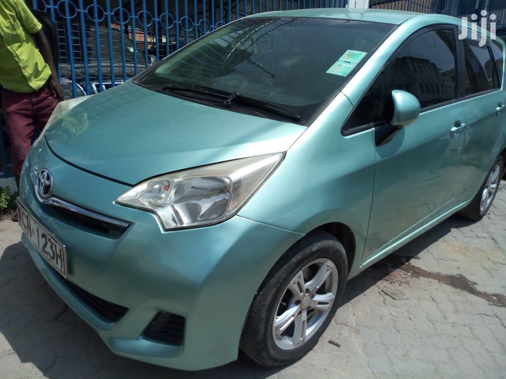 Toyota Ractis 2011 Green
