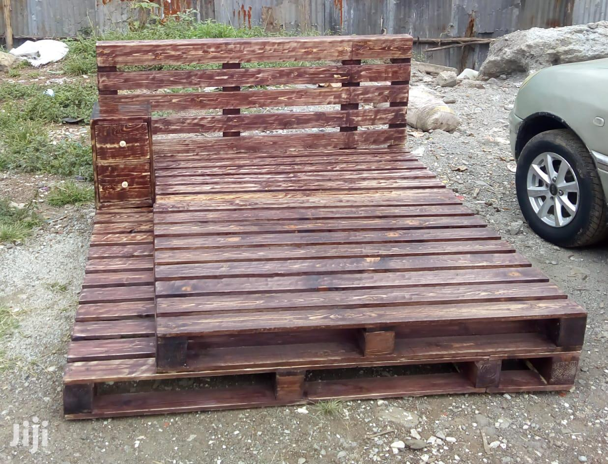 Archive: Pallet Bed/Beds