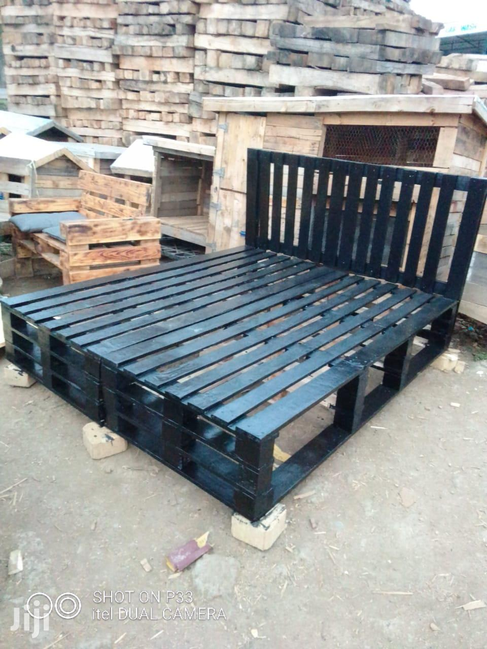 Archive: Pallet Beds//Pallet Furnitures