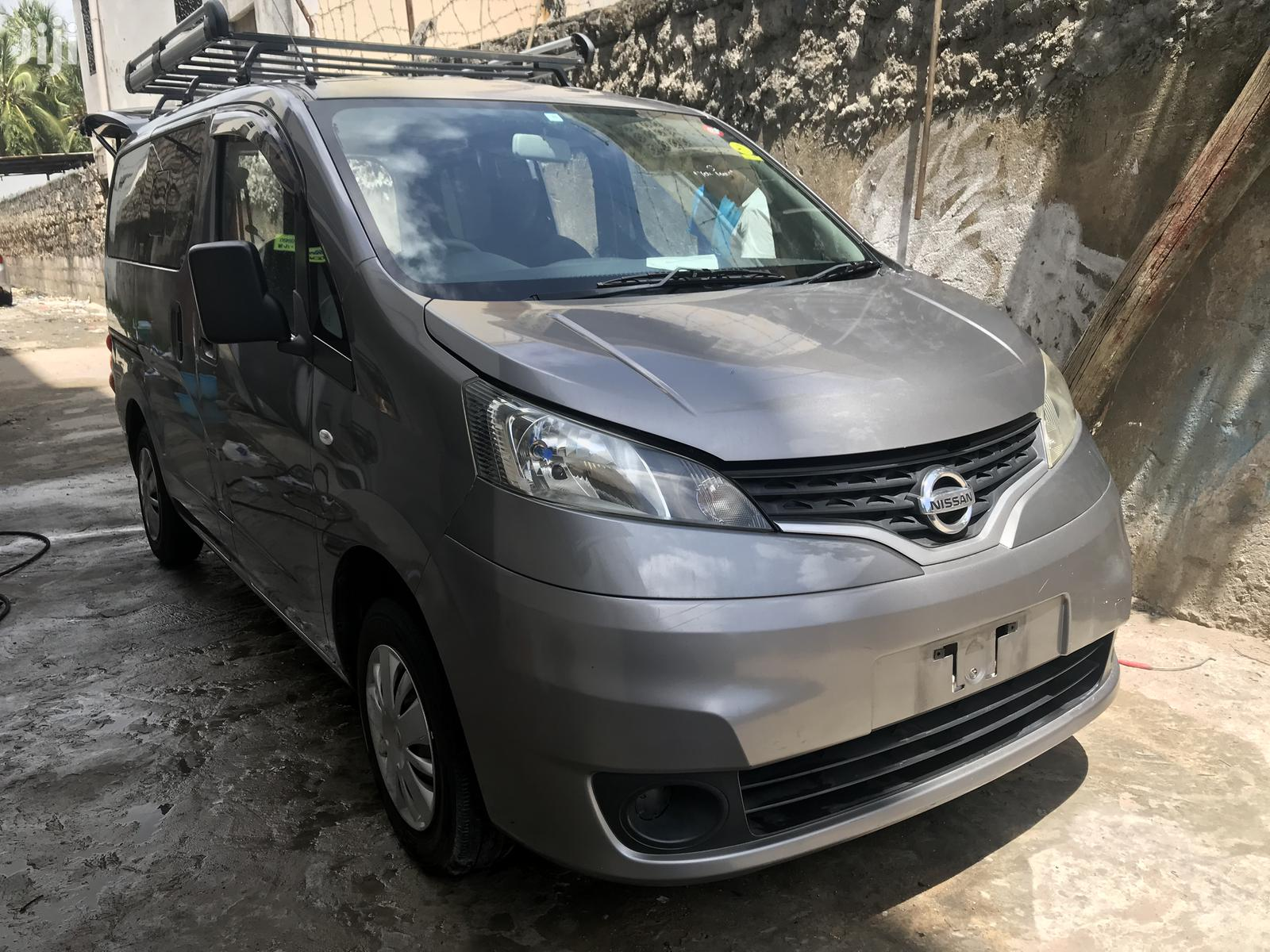 Nissan NV200 2013 Gray