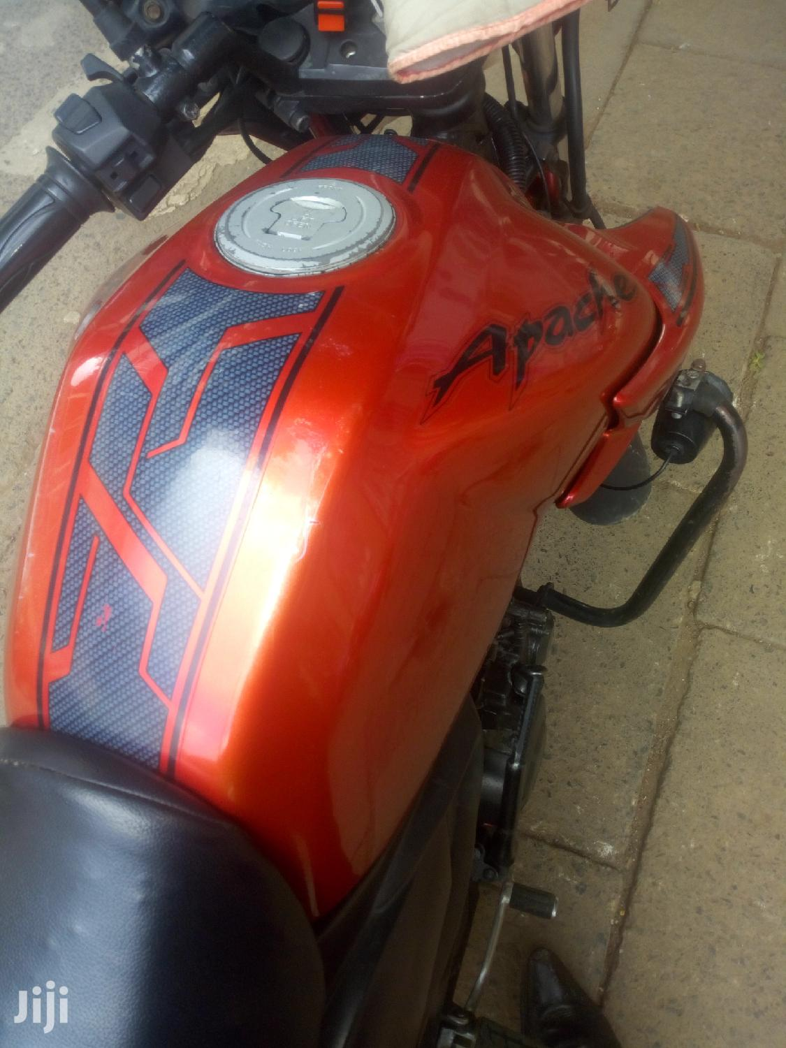 Archive: TVS Apache 180 RTR 2011 Red