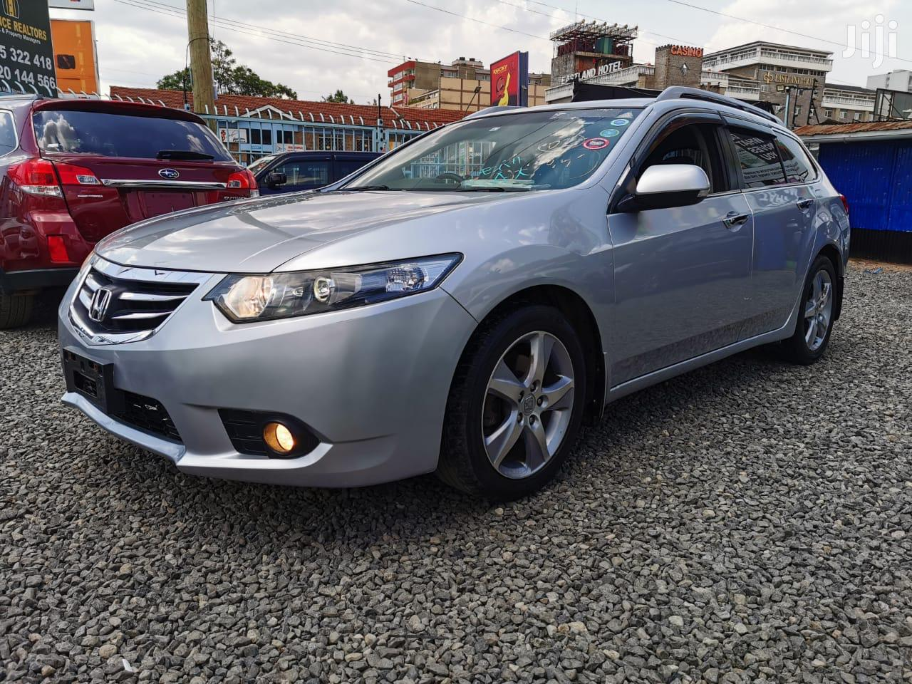 Archive: Honda Accord 2013 Silver