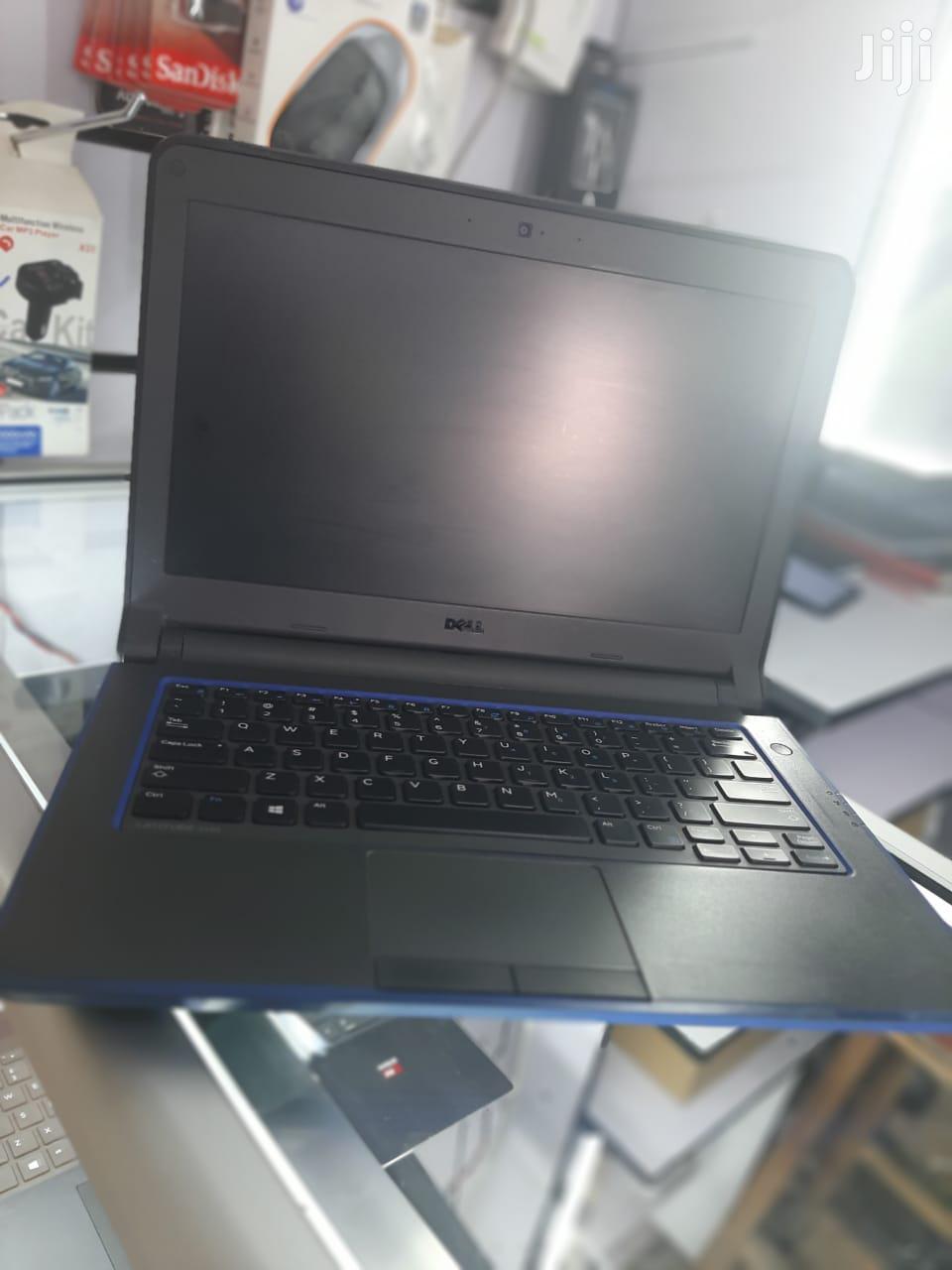 Archive: Laptop Dell Latitude 3440 4GB Intel Core i3 HDD 320GB