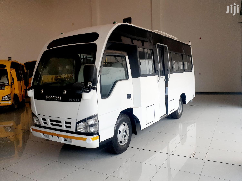 NKR BUS 27 Seater Isuzu Mini Bus | Buses & Microbuses for sale in Nairobi South, Nairobi, Kenya