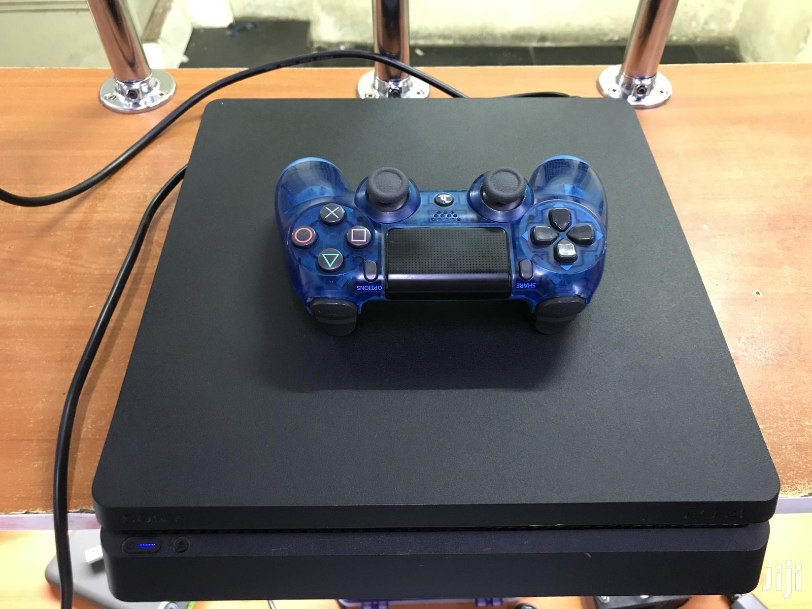 Pre Owned PS4