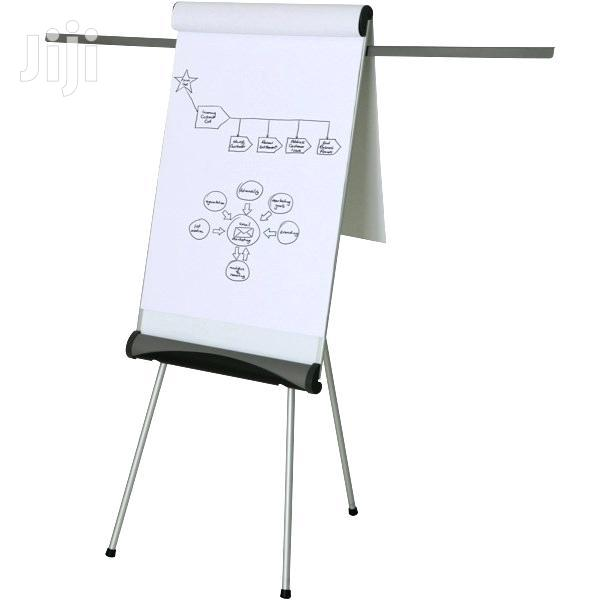 Flip Chart Stand 3ft * 2ft + Flip Chart Papers.